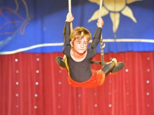 Bunte Woche – Akrobatik, Luftartistik & mehr 7 - 9 Jahre